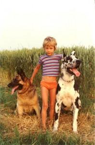 Mein Sohn Michael mit Doris und Dogge Ahab